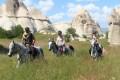 Horseback riding - 2 hours